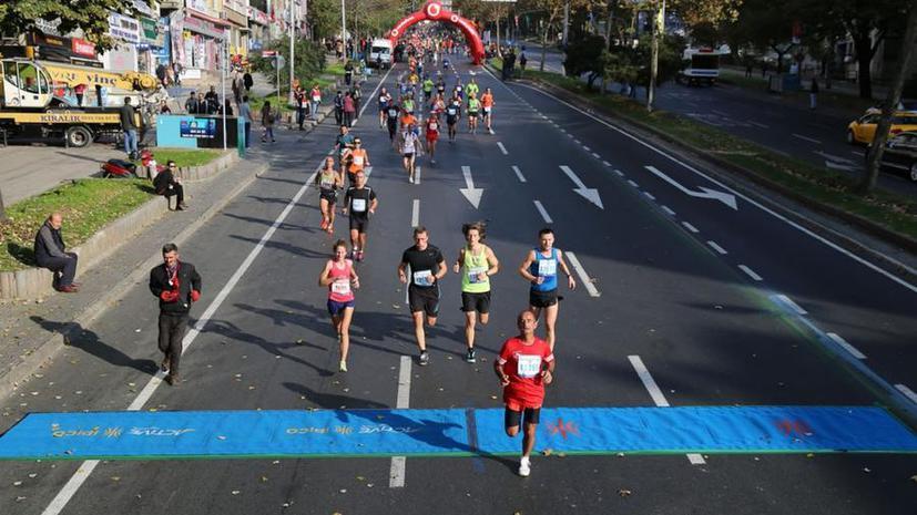 Имена спортсменов-любителей из РФ вернули в список пробежавших марафон в Стамбуле благодаря RT
