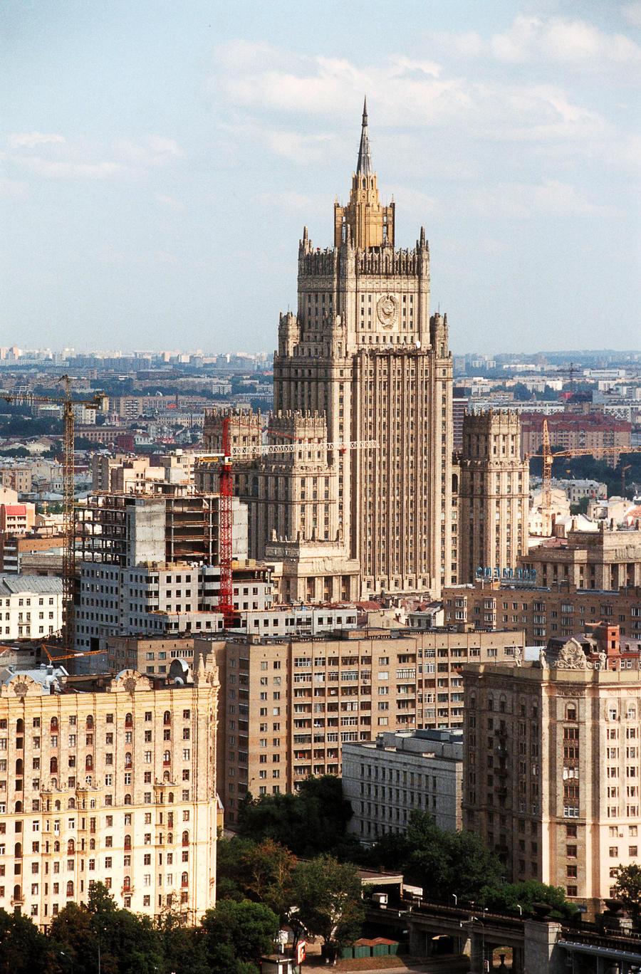 МИД России критикует НАТО за тенденциозный подход к ситуации на Украине