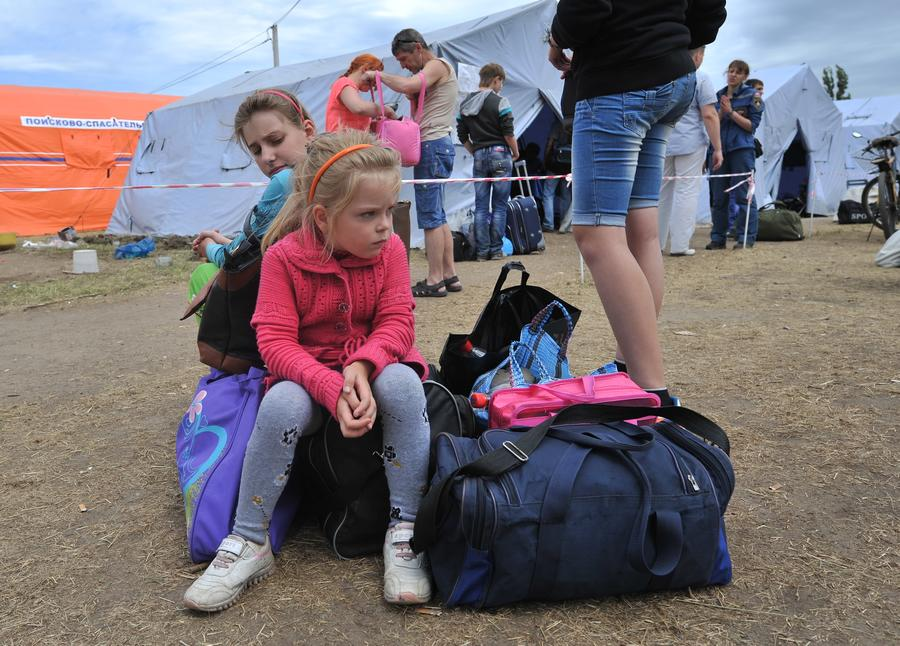 Из-за наплыва беженцев на большей части Ростовской области введён режим чрезвычайной ситуации