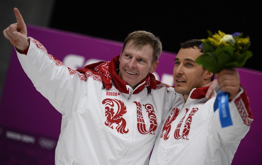 Олимпийская команда России поднялась на второе место в медальном зачёте