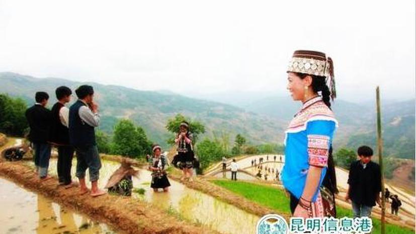 Наследница многоголосной народной песни народности хани