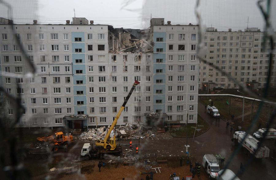 Взрыв газа уничтожил несколько этажей жилого дома в Подмосковье: пять человек погибли