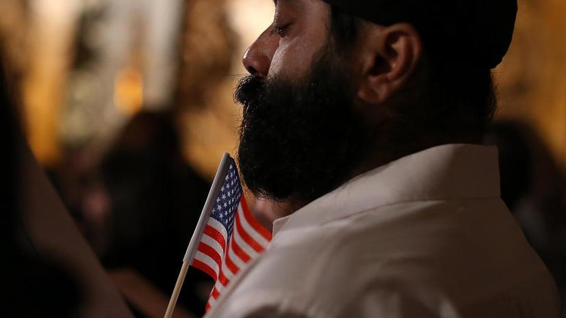 США временно закроют свои диппредставительства в исламском мире