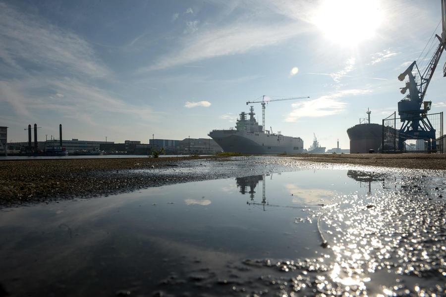 Франция вернула России €900 млн за вертолётоносцы типа «Мистраль»