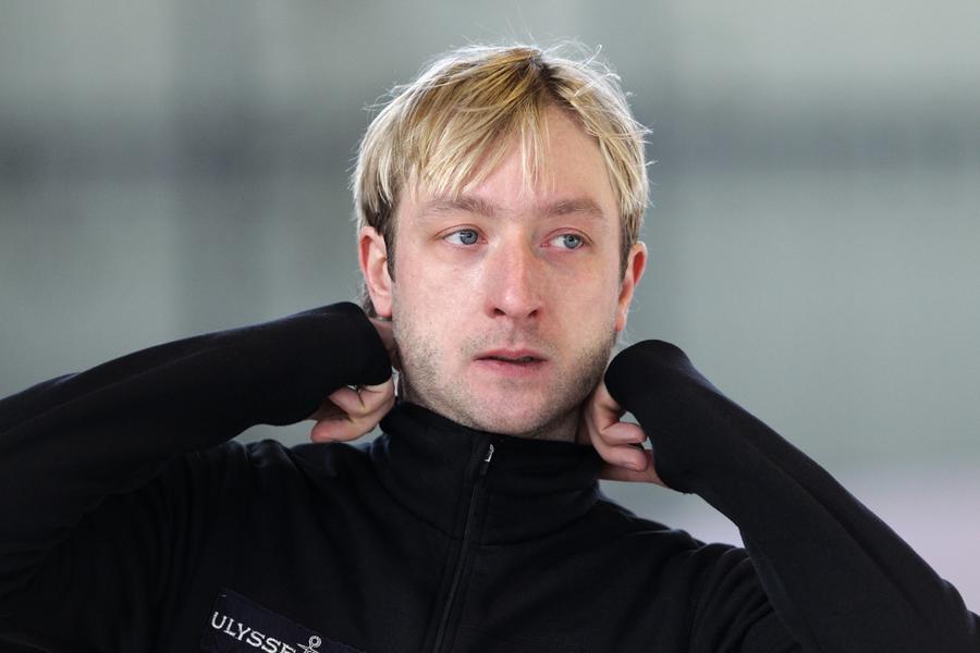 Прокуратура требует возбудить уголовное дело в отношении обидчика Плющенко