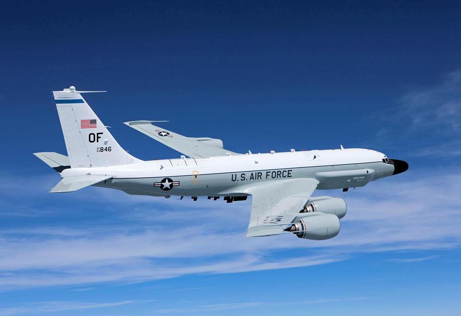 Погоня над Балтикой: скрываясь от российского истребителя, самолёт-шпион из США залетел в Швецию