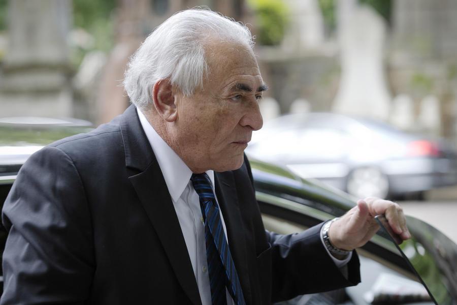 Доминик Стросс-Кан предстанет перед судом по обвинению в сводничестве