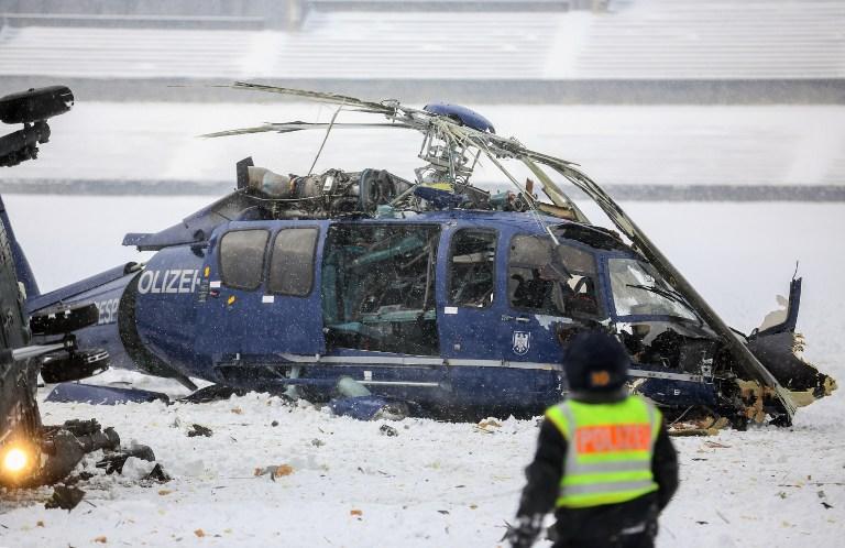 Два вертолета полиции столкнулись в небе над Берлином, погиб один человек