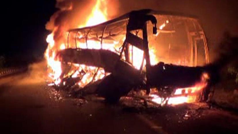 В Аргентине пассажирский автобус столкнулся с грузовиком, 19 человек погибли
