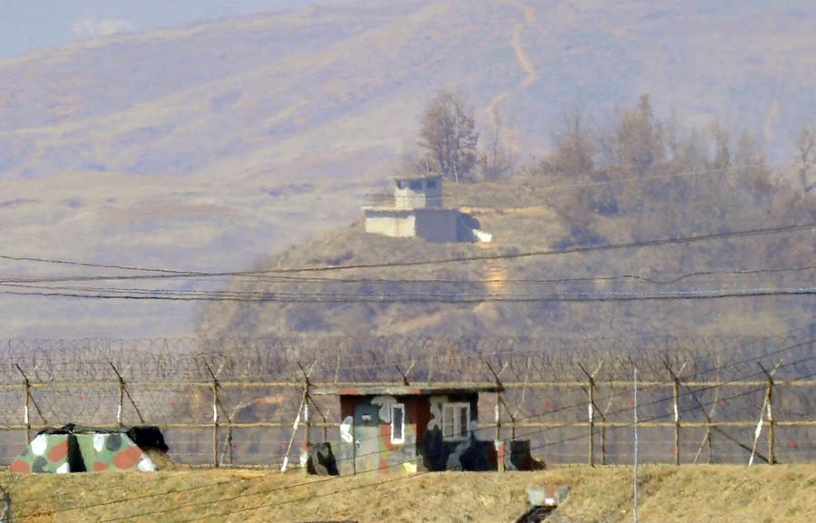 Северная Корея готова запустить новую баллистическую ракету