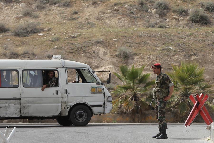 Ливанские СМИ: сирийские боевики осуществили новую химическую атаку