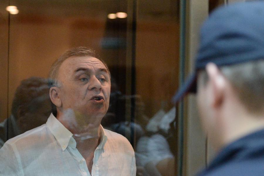Организатора и исполнителя убийства Анны Политковской приговорили к пожизненному заключению