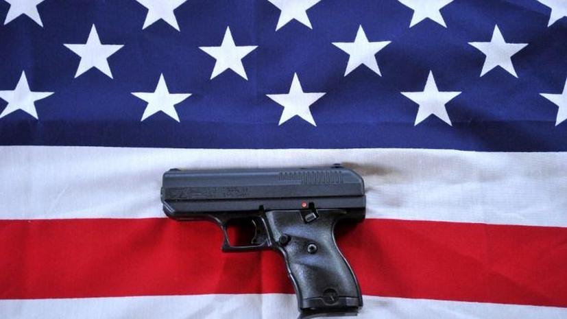Трехлетний ребенок в США застрелился из пистолета своей 35-летней бабушки