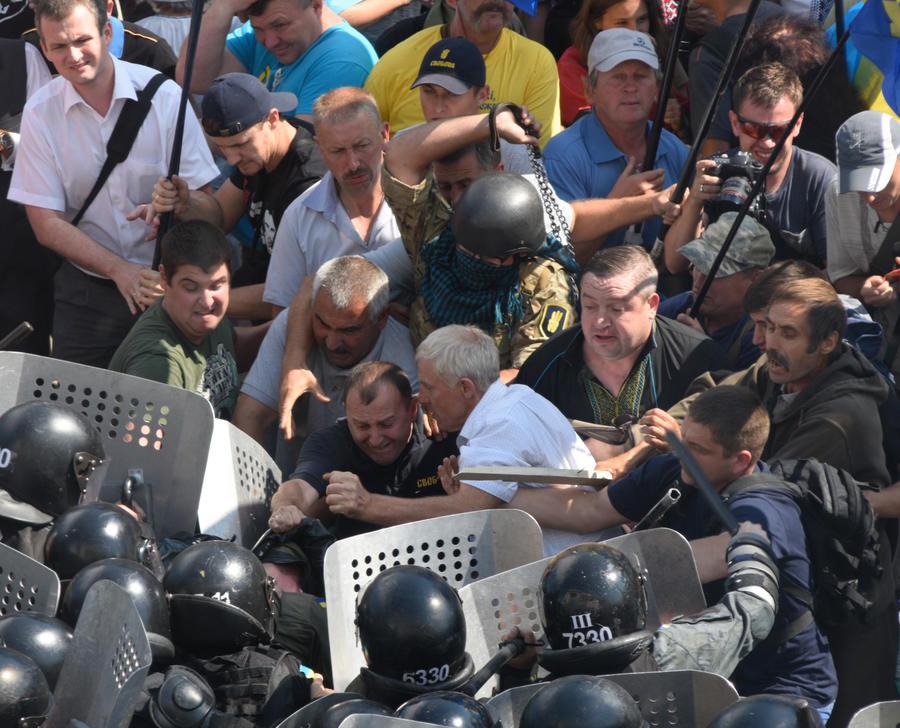 Украинский политолог о событиях в Киеве: Новый «майдан» невозможен без отмашки Запада
