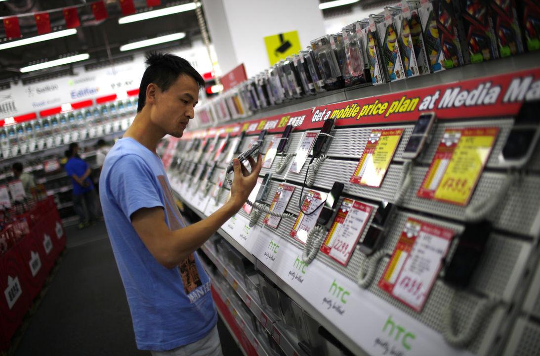 2012 год установил рекорд расходов на электронику