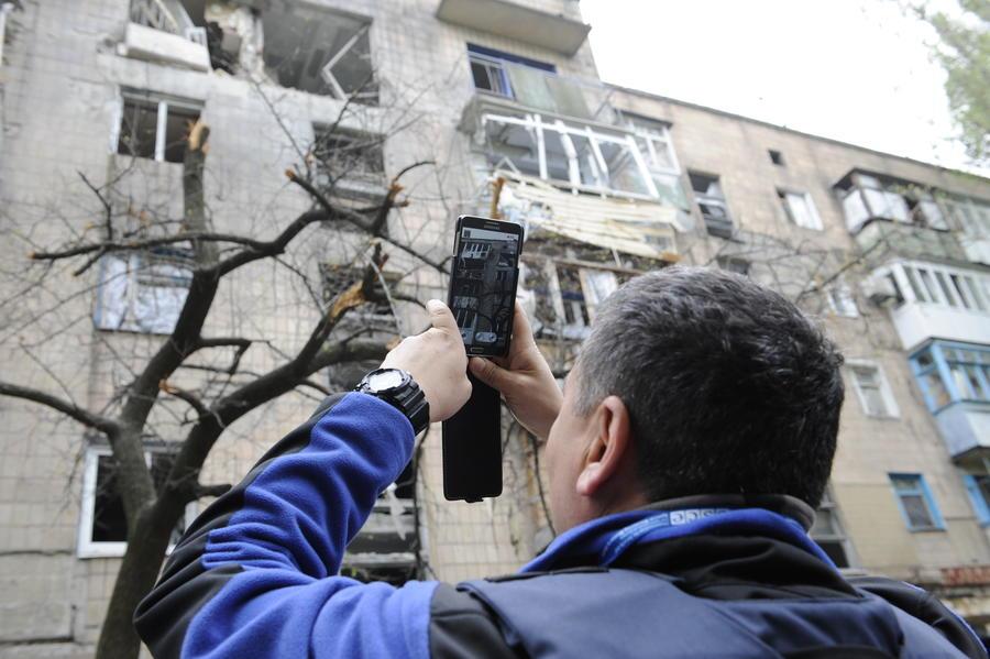 СМИ: Смартфоны помогут собрать доказательства военных преступлений