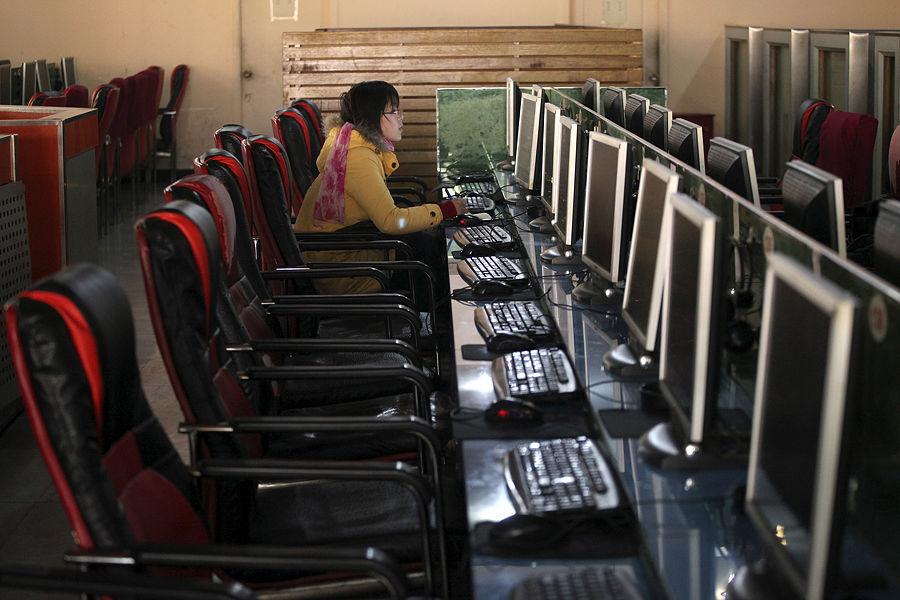 Школьники наводнили интернет вирусами, созданными для победы в играх