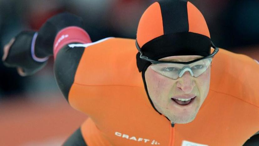 Конькобежец из Нидерландов Свен Крамер установил олимпийский рекорд на дистанции 5 тысяч метров