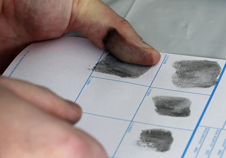У иностранных гостей, покидающих США, будут принудительно снимать отпечатки пальцев