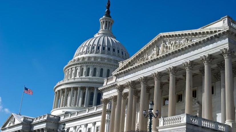 Американские конгрессмены жалуются на низкие зарплаты