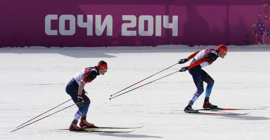 Российские лыжники заняли весь пьедестал по итогам олимпийской гонки на 50 км