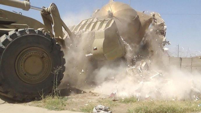 Боевики разрушили ряд мечетей и мемориальных комплексов в иракском Мосуле