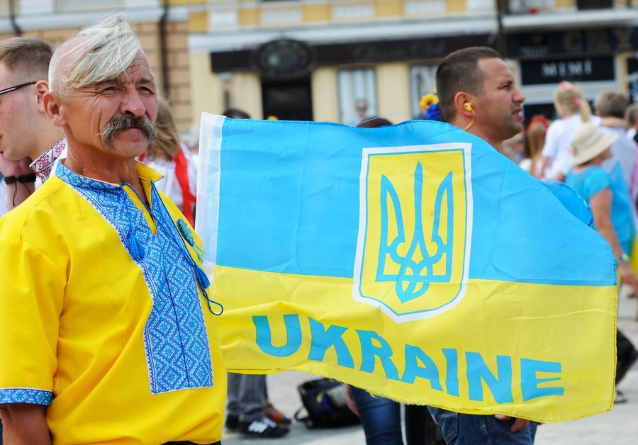 Киевский политолог Сергей Дацюк: Украина уничтожит всё русское в Крыму и Донбассе