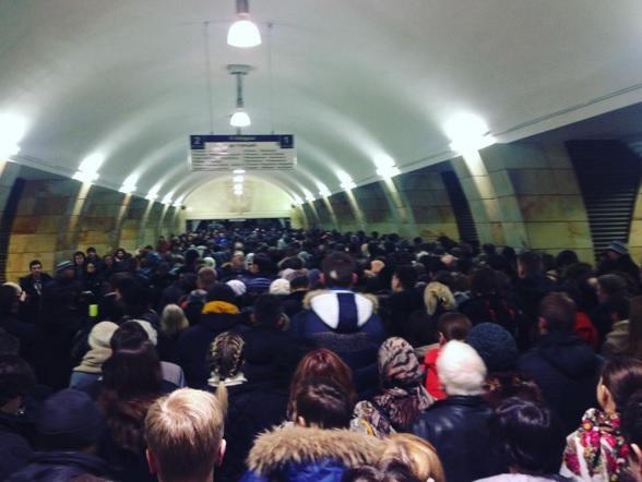 #КалужскоРижская: ремонтные работы спровоцировали коллапс в московском метро