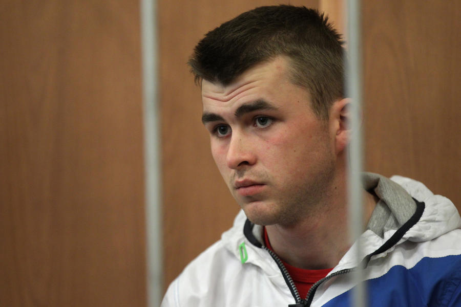 Курсант, подозреваемый в убийстве семьи сотрудника ФСКН, арестован на два месяца
