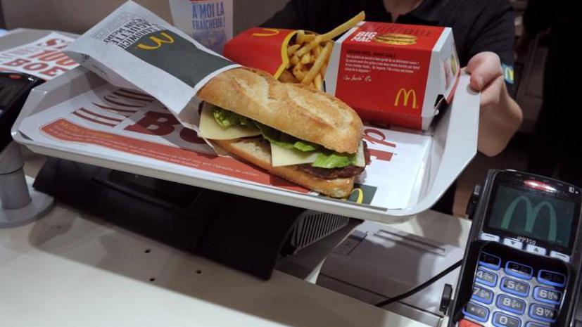 Исследование: еда в ресторанах далеко не всегда полезнее фаст-фуда