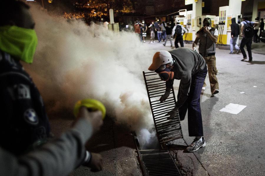 Протесты в Турции: число жертв увеличилось до пяти