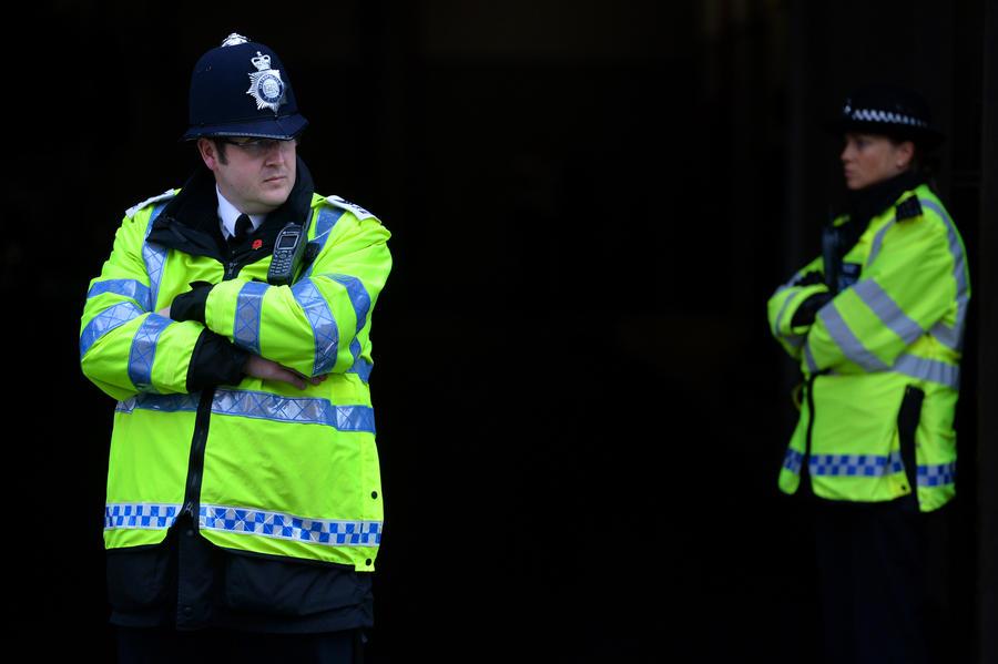 Полиция Лондона потратила почти £20 млн на борьбу с прослушкой телефонов