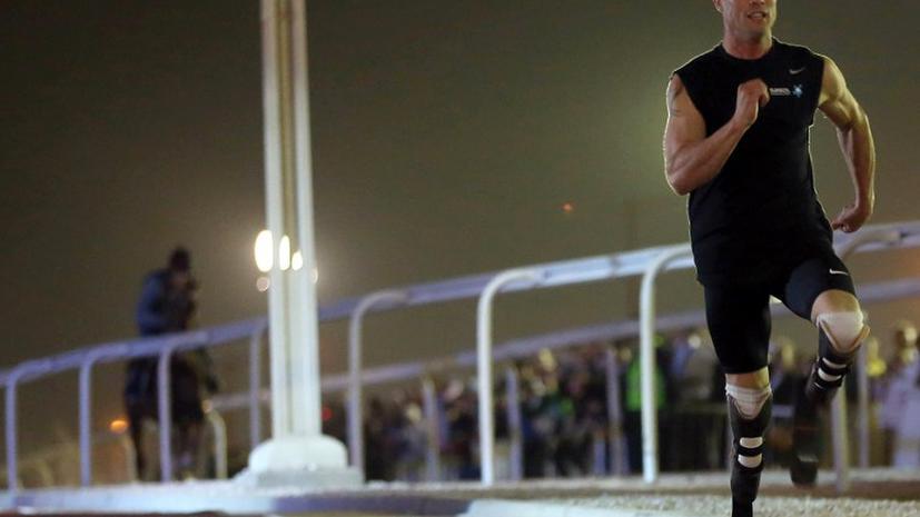 Бегун-ампутант Оскар Писториус обогнал арабского скакуна