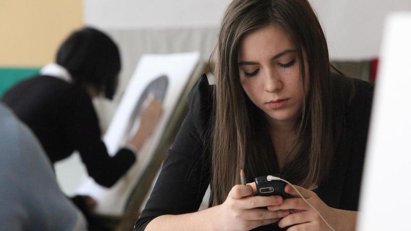 СМИ: ЖКХ и штрафы разрешат оплачивать в кредит со счёта мобильного телефона
