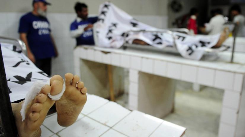 Боевики расстреляли 21 пакистанского полицейского