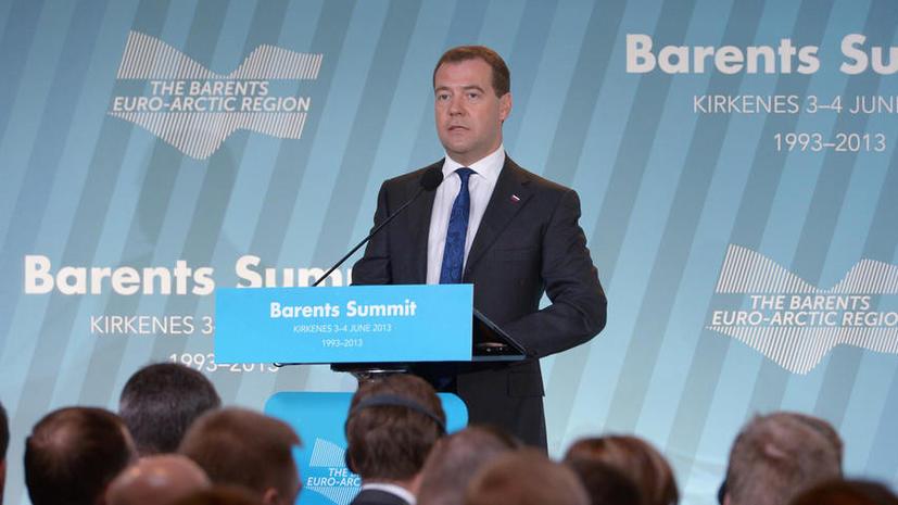 Медведев: Москва не рассматривает продвижение НАТО к российским границам как «позитивный факт» для страны