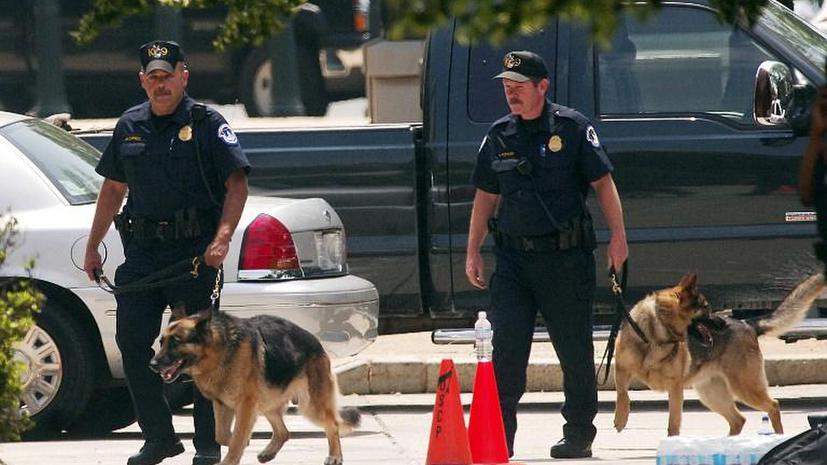 Американские полицейские использовали тело мертвого человека для тренировки собак
