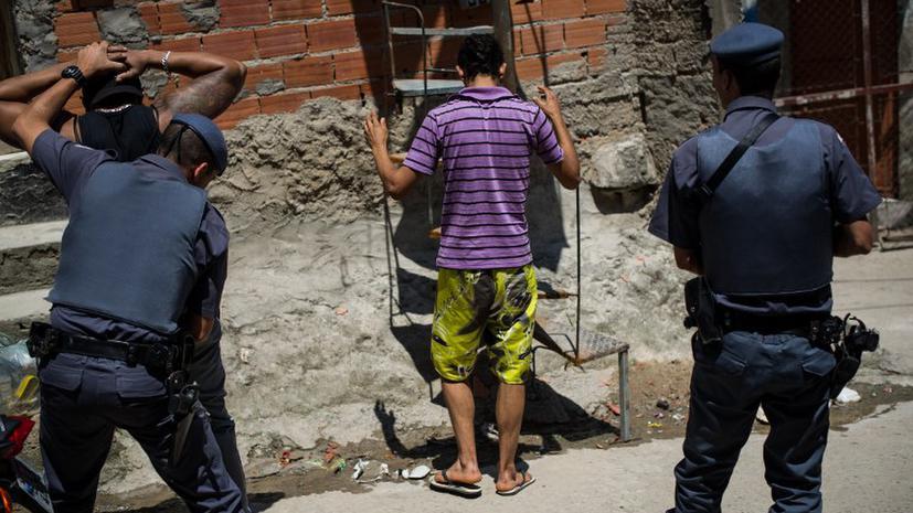 Бразильский полицейский по ошибке застрелил местного жителя, приняв его за рецидивиста