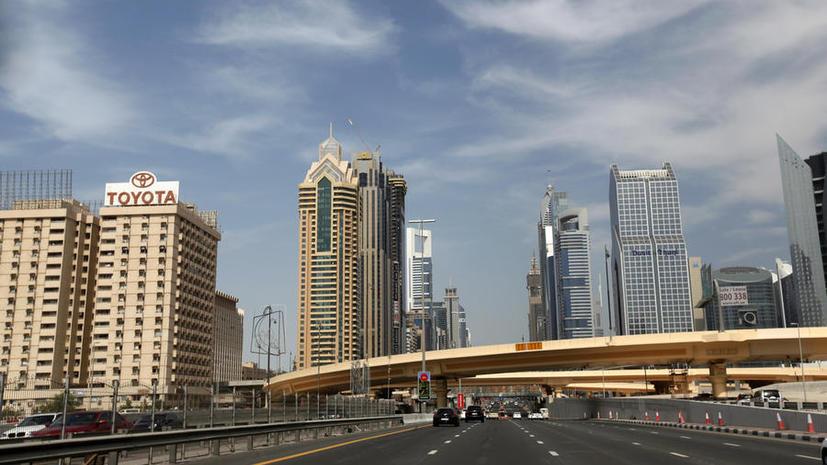 Автолюбители в Дубае заплатят за нарушение ПДД более $8 тыс.