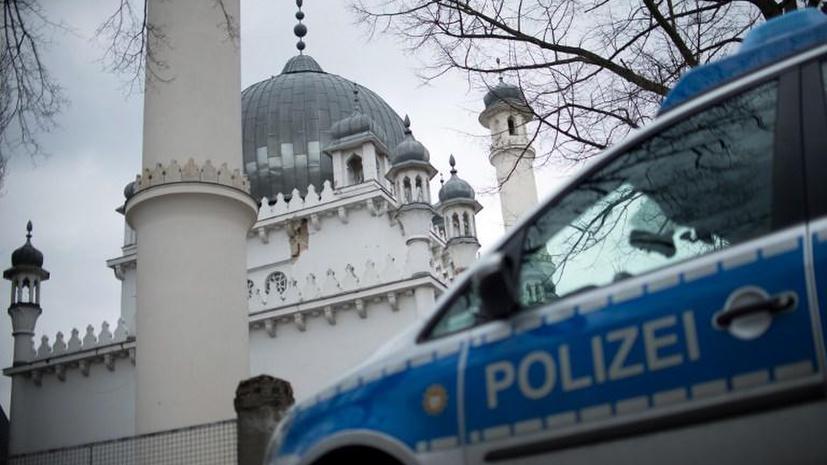 В Германии исламисты избили журналистов центрального телеканала