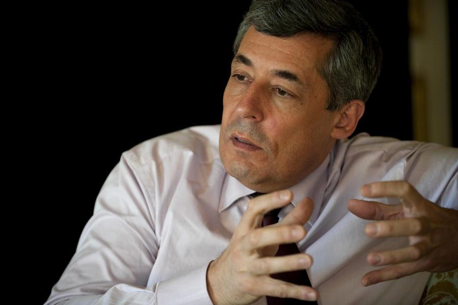 Французский политик: В поисках путей решения украинского кризиса Париж совершил много ошибок