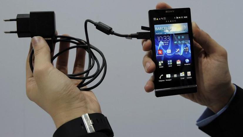 Евросоюз переходит на единое зарядное устройство для мобильных телефонов
