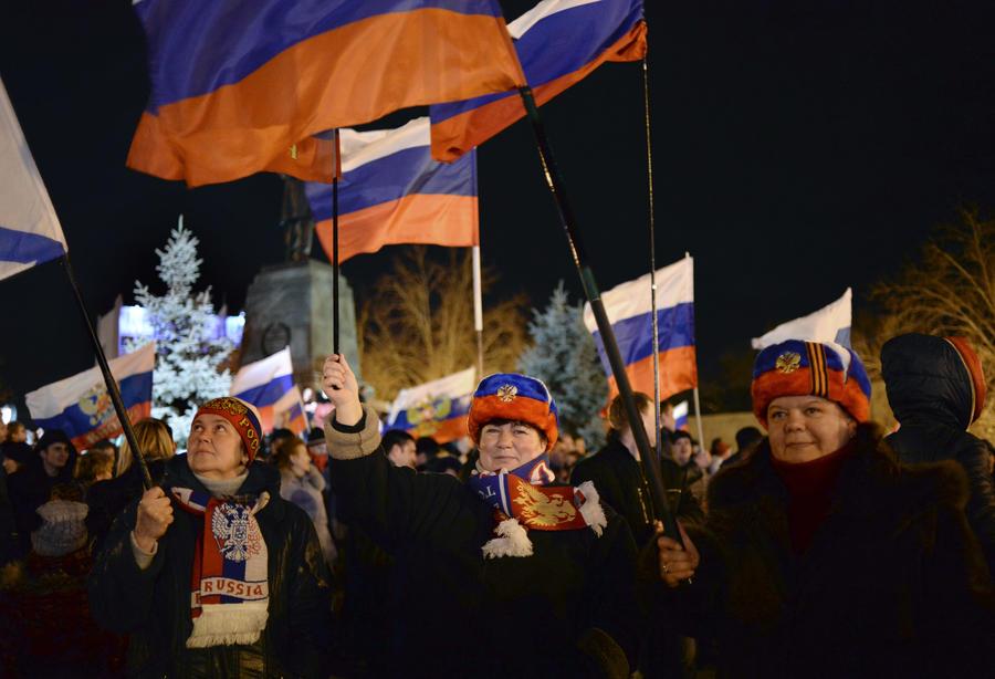 Тысячи радостных крымчан не убедили западных журналистов в легитимности референдума