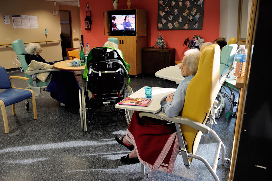 Пожилая британка предпочла эвтаназию жизни в обществе потребления