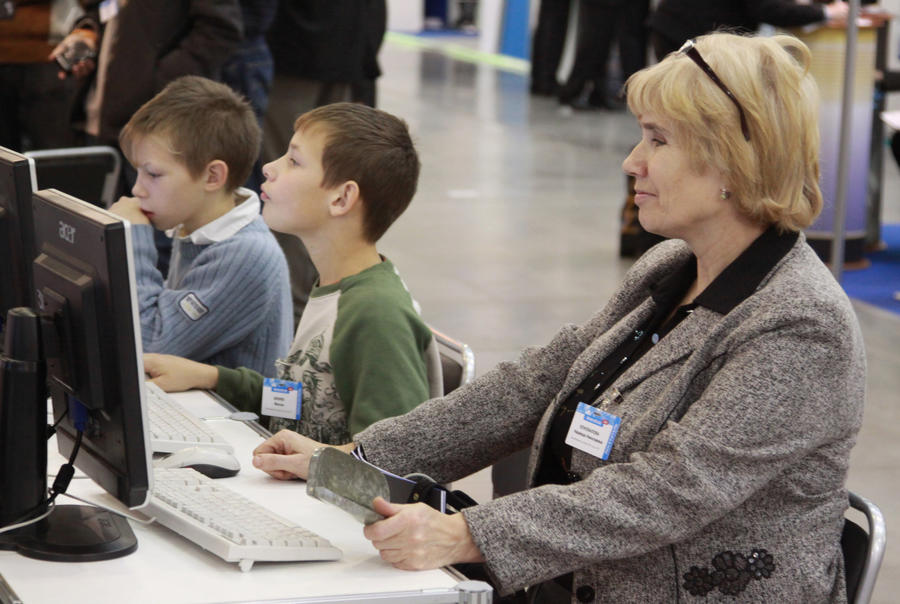 Вслед за телепрограммами возрастную маркировку получат интернет-сайты