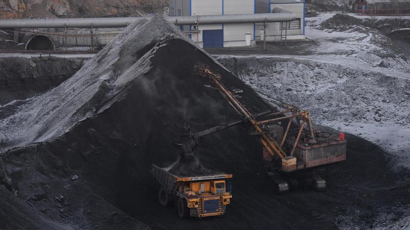 Американские компании продолжают закупать российский уголь, несмотря на санкции