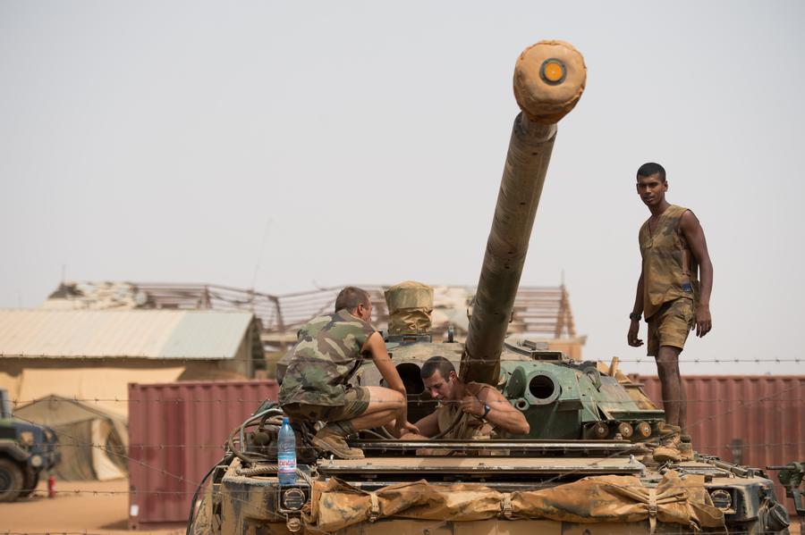 Франция начала вывод войск из Мали