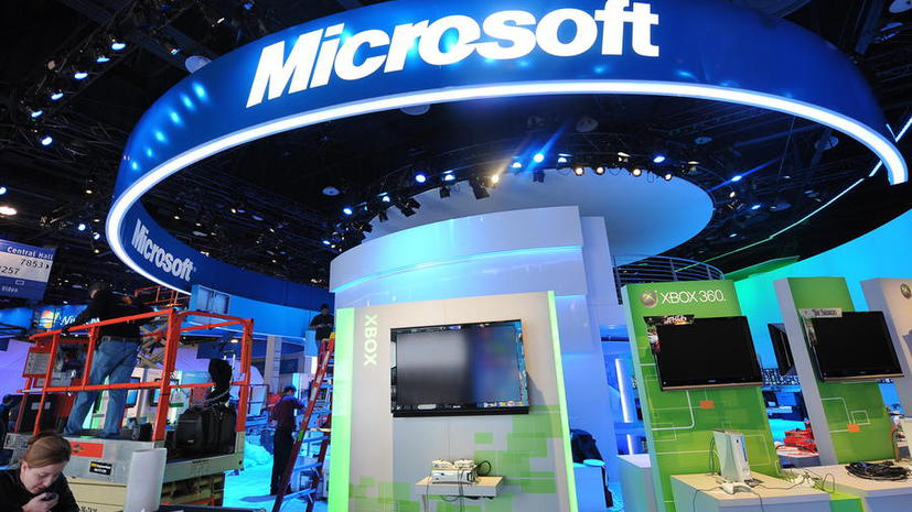 Новым главой Microsoft стал Сатья Наделла, Билл Гейтс покинул свой пост в совете директоров