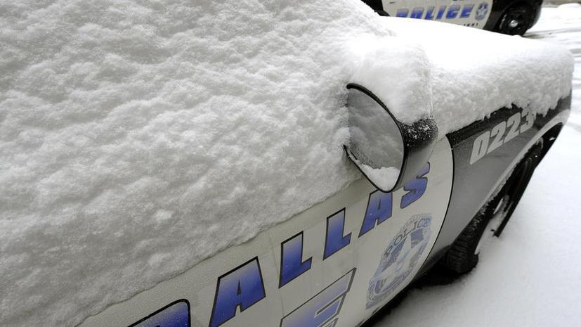 Снежный шторм в США: отменены тысячи авиарейсов, без света остаются сотни тысяч жилых домов