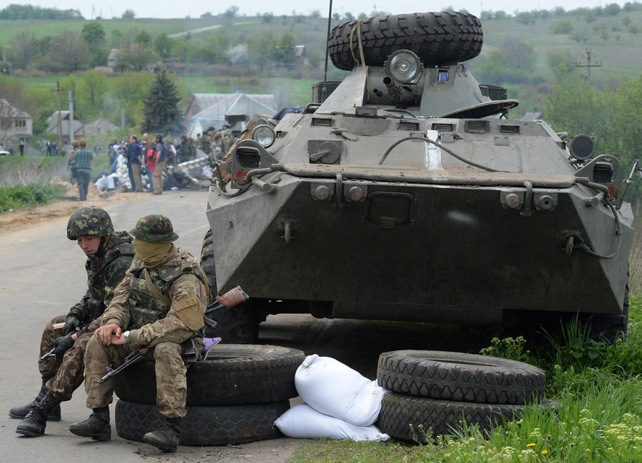 Министерство военной жадности: украинские генералы не закупают для армии бензин, еду и бронежилеты